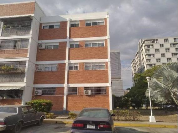 Apartamentos En Venta En Zona Este 20-8880 Rg