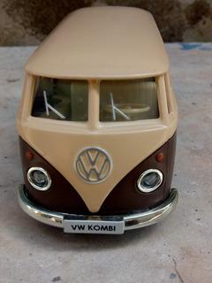 Miniatura Kombi 1962 Marrom