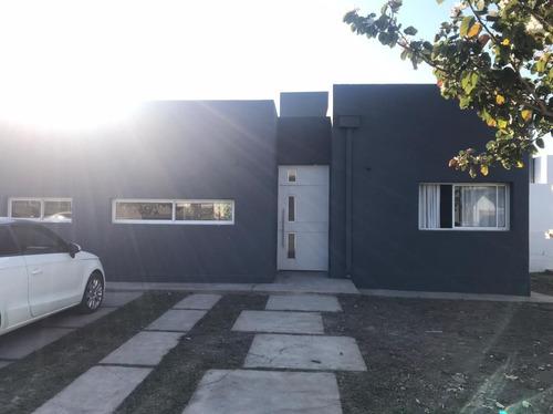 Casa En Venta En Alto Verde 2
