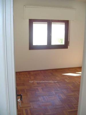 Venta Casa Padrón Único. 2 Dormitorios, Posib Gje. Fondo.