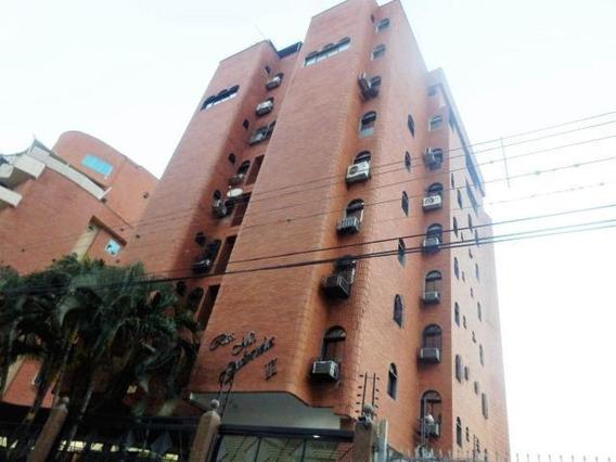 Apartamento Varios Niveles 480mt2 En Maracay Gbf20-16325