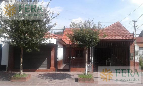 Venta De Chalet 3 Ambientes En Wilde (25219) Jardin Con Pileta Y Local