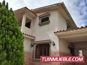 Casa En Venta En La Trigal Norte Valencia 19-12503 Valgo