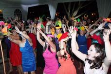 Catering Discomovil Sonido Alquiler Luces Karaoke Neon Humo
