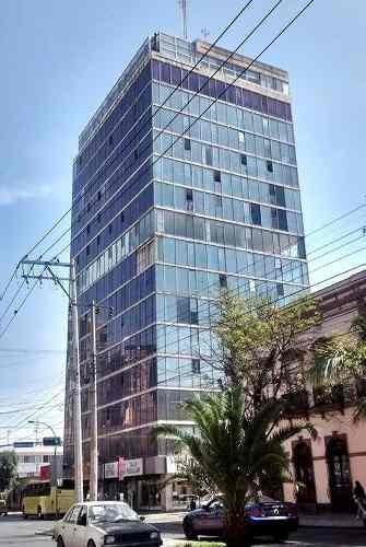 Oficina En Renta En Avenida Carranza (edificio Puga)
