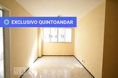 Apartamento No 3º Andar Com 2 Dormitórios E 1 Garagem - Id: 892896806 - 196806