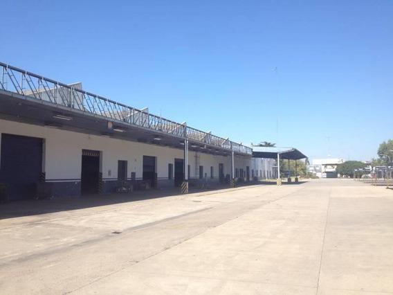 Deposito, Playa De Maniobras, Cercano A Capital