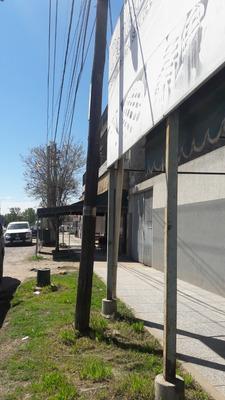 Alquiler Panadería, 2 Casas, Cuadra En Agustin Ferrari.