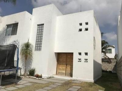 Casa Sola En Venta Fracc Privada Juriquilla