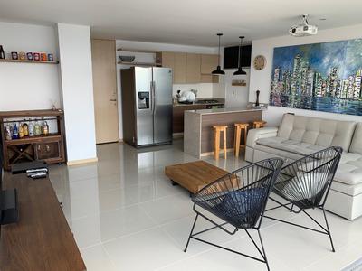 Venta Apartamento En Loma Del Indio. Excelente Vista!
