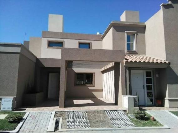 Housing Cerrado - Casa De 2 Dormitorios En Venta, Zona Norte.