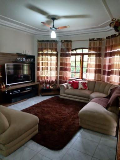 Belíssimo Sobrado Com 3 Dormitórios, Suíte Master(com Hidro), Cozinha Planejada, Aceita Financiamento - So0262