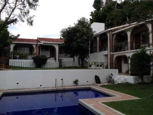 Casa En Venta En Fraccionamiento En Oaxtepec ( 415685 )