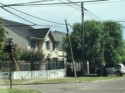 Triplex 3 Dormitorios En Barrio Cooperarios, Quilmes Oeste