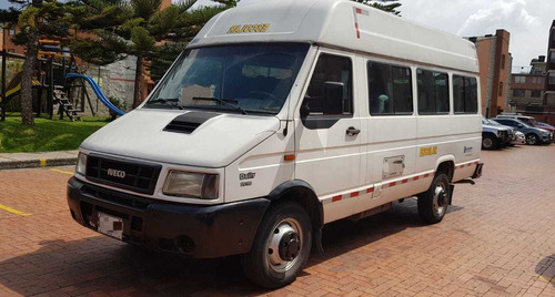 Camioneta Escolar - Iveco 19 Puestos