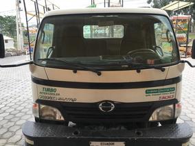 Camión Hino Plataforma Japones