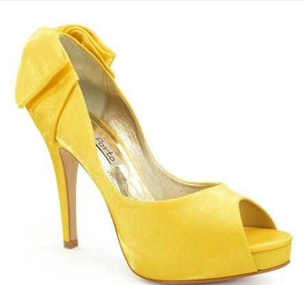 Sapato Laura Porto Amarelo