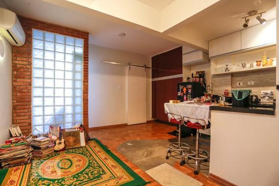 Apartamento No 2º Andar Com 1 Dormitório E 1 Garagem - Id: 892947334 - 247334