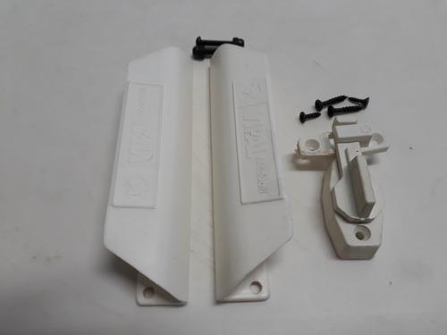 Puxador Porta Sanfonada Cor Branco + 1 Trinco Medabil