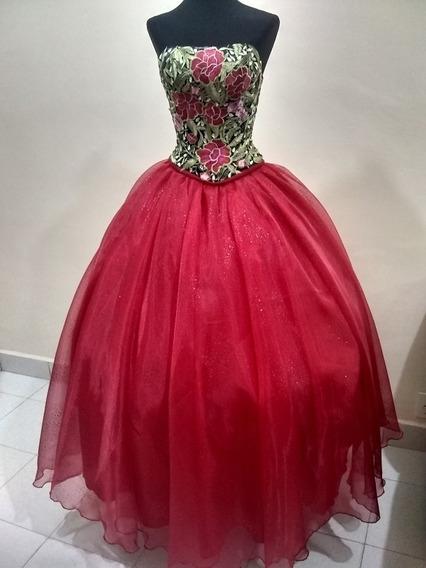 Vestido De Xv Años, Color Rojo, Talla Chica