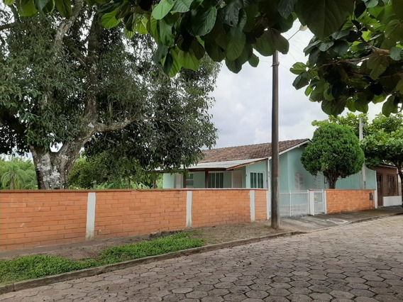 Casa Para Locação Anual No Centro Em Balneário Piçarras - Sc - 735