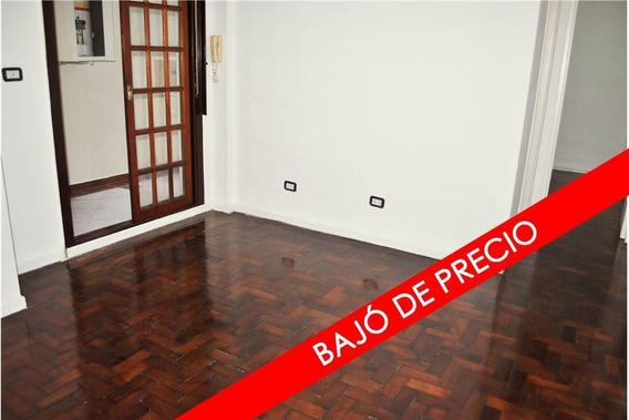 Depto 2 Amb, Pb C/patio. Exc. Ubic. Oportunidad!!