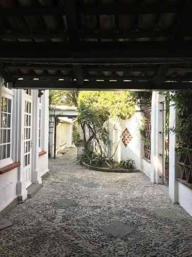 Casa En Venta - Barrio Santa Catarina