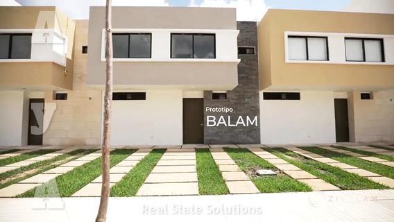 Casa En Venta De 3 Recámaras, Sala De Tv, Paneles Solares, Supermanzana 329, Cancún