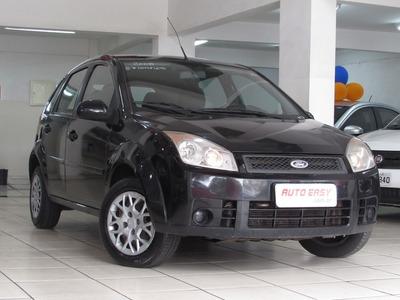 Fiesta Hatch 1.6 Completo, Confira: