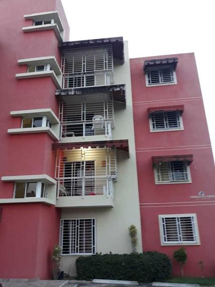 Apartamento 4to Nivel