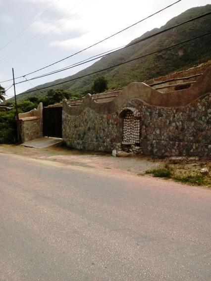 Se Venden Conjunto De Dos Casas Individuales En Guarame