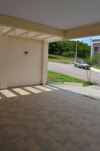 Imagem 1 de 3 de Sobrado Com 3 Dormitórios À Venda, 190 M² Por R$ 690.000 - Bairro Do Grama - Caçapava/sp - So2292