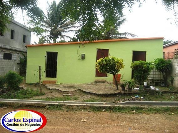 Casa Barata De Venta En Higuey, Republica Dominicana Cv-008