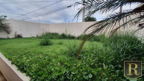 Casa Para Venda Em Guarapuava, Bonsucesso, 3 Dormitórios, 1 Suíte, 2 Banheiros, 6 Vagas - Cs-0032_2-1004250