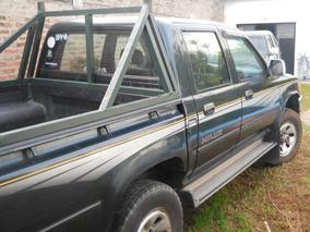 Toyota Hilux 2.8 D/cab 4x4 D Sr5
