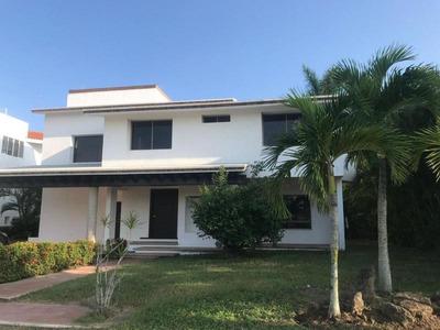 Renta De Casa En Altamira, Fracc. Lagunas De Miralta