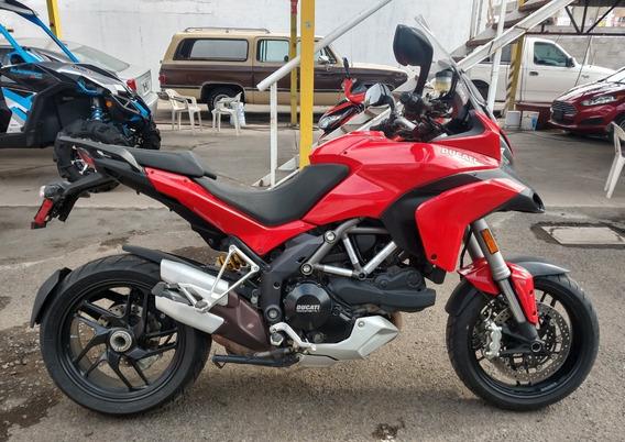 Motocicleta Ducati Multistrada 1200s 2014