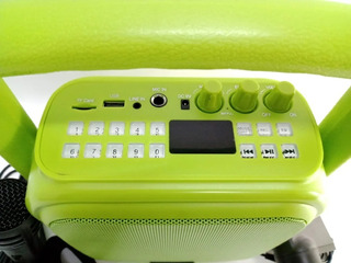 Parlante Portátil Panacom Con Bluetooth Sp-3048cm