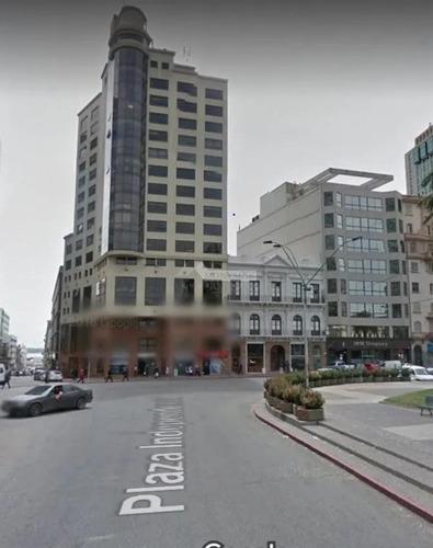 Oficina Ciudad Vieja Alquiler Juncal Y Circunvalacion Plaza Independencia 58m. Imperdible!!