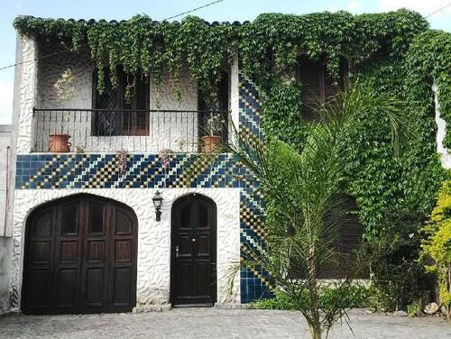 Imagen 1 de 7 de Casa  En Venta En Villa Luzuriaga