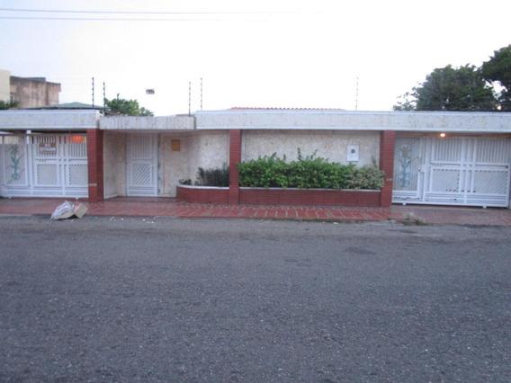 Mls #19-19255 Gaby Vende Casa Hermosa Y Amplia La California