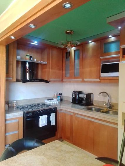 Apartamento Res Guaicamacuto/ Rayzy Rosales 04242648358