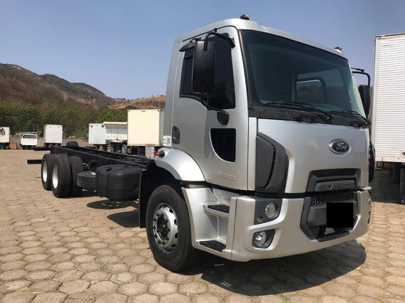 Ford Cargo 2428 (6x2) Chassi 2012