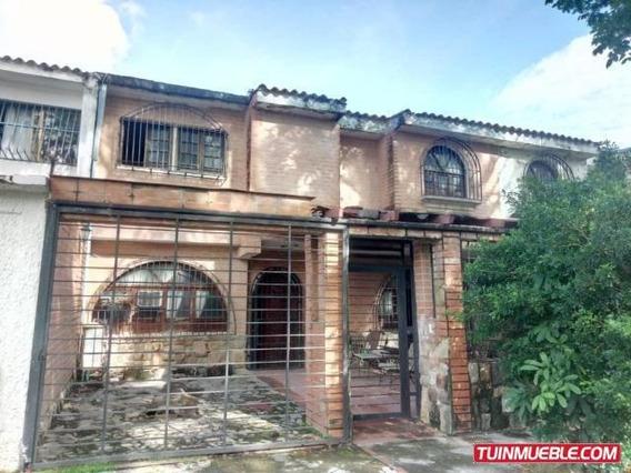 Casas En Venta 19-13359 Trigal Norte Mz 04244281820
