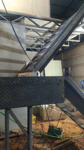 Imagem 1 de 1 de Faço Escada