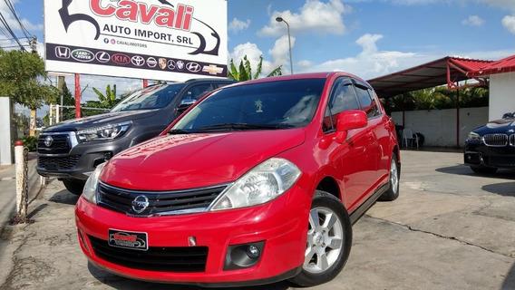 Nissan Versa Special Edition Rojo 2012