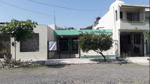 Casa En Renta En Placetas Estadio, Colima
