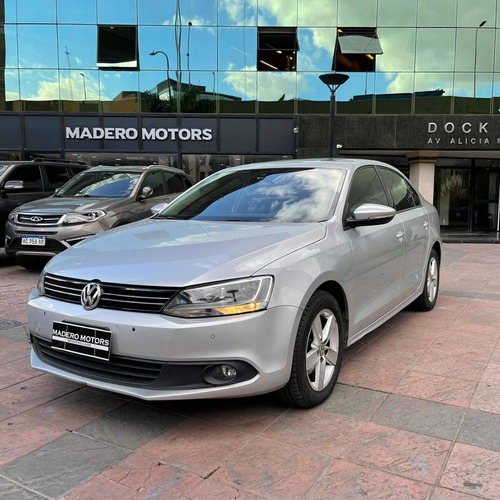 Volkswagen Vento 2.5 Luxury 170cv Madero Motors 2014