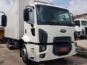 Ford Cargo 2422 2012 Baú Refrigerado Gancheira R$119.999,00