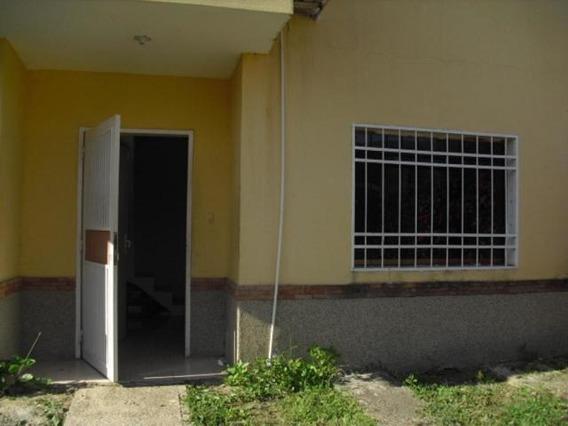Cómodo Townhouse En Venta Ya 04140137177 Cod 20-5692